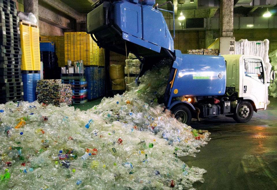 vyvoz-i-utilizaciya-himicheskih-othodov-i-plastika
